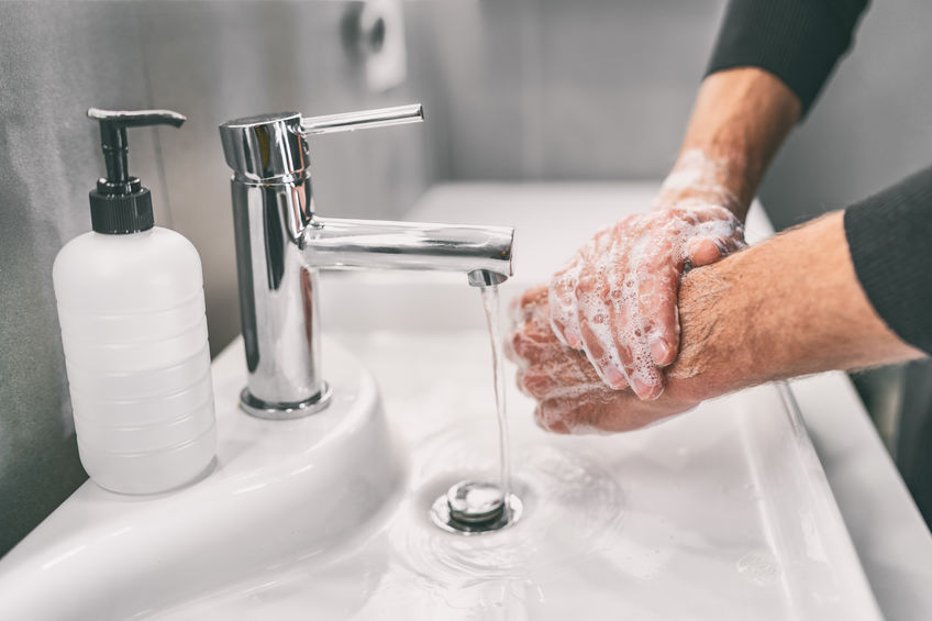 Se laver les mains pour éviter le Covid 19